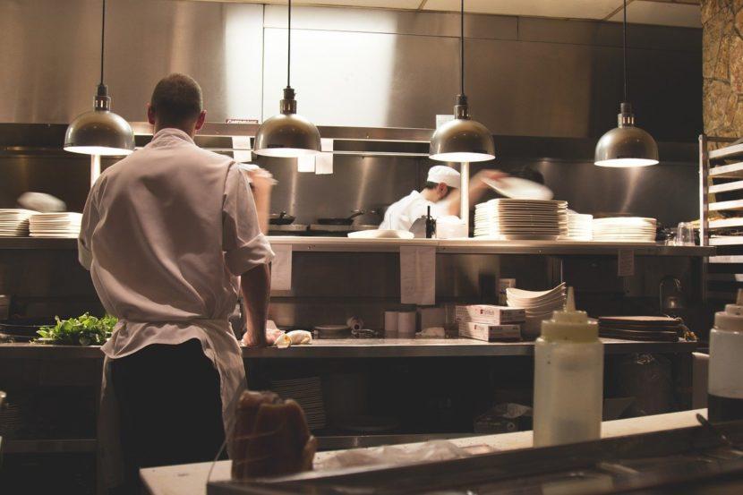 Sanificare bar e ristoranti per riaprire